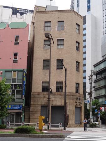 鷹岡株式会社東京支店1