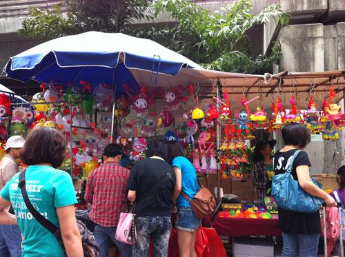 くすり屋さん.comブログ-香港の中秋節1