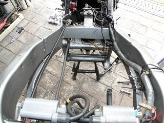 ZZR400536.jpg
