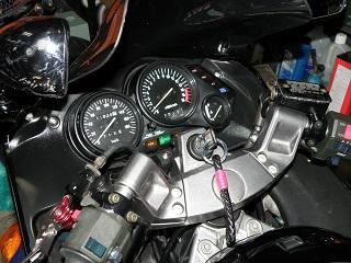 ZZR400635.jpg