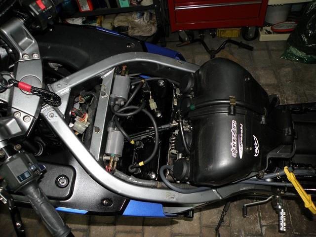 ZZR400642.jpg