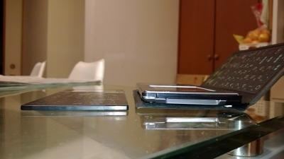 PA-6000とPA-7000の厚さ比較