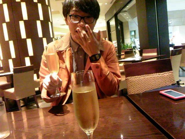 朝からシャンパン