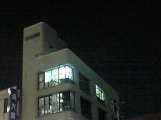 西村ビル 夜中工事