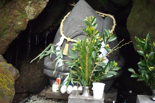 250105 蛇石神社17