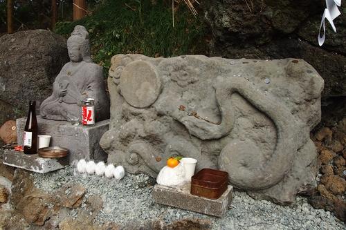 250105 蛇石神社14