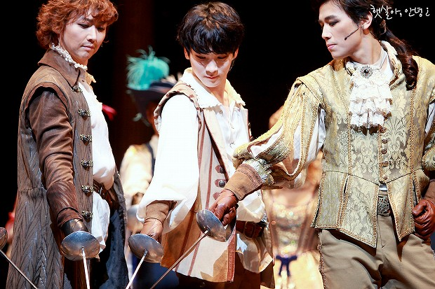 131217 THE THREE MUSKETEERS pm4 1st - 2-3