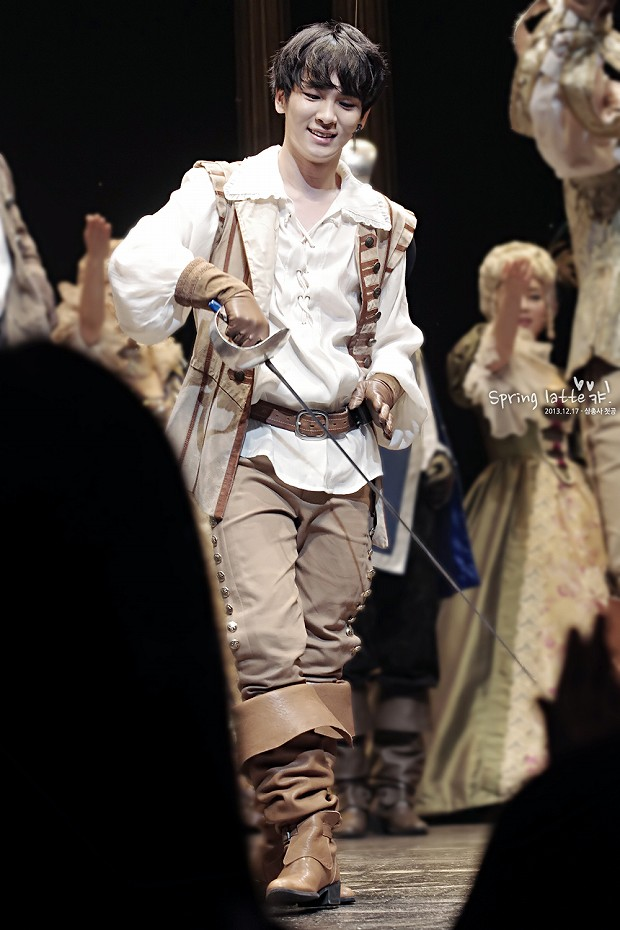 131217 THE THREE MUSKETEERS pm4 1st - 5-8