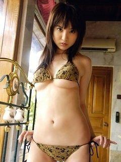 尾崎ナナ3