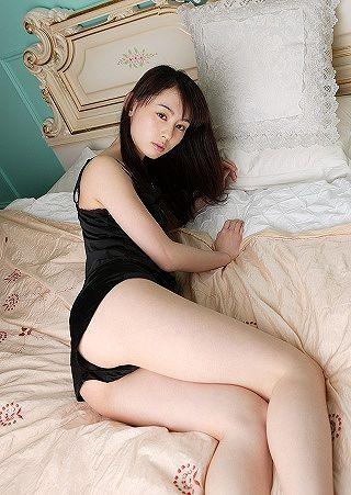 秋山奈々17