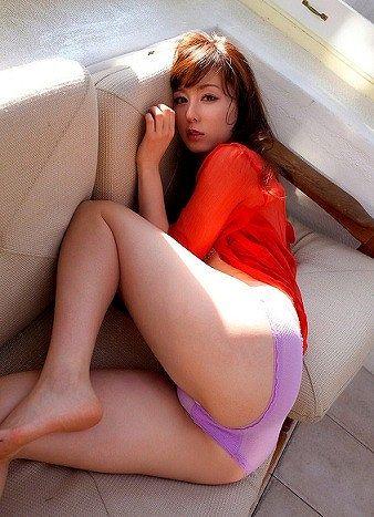秋山莉奈18