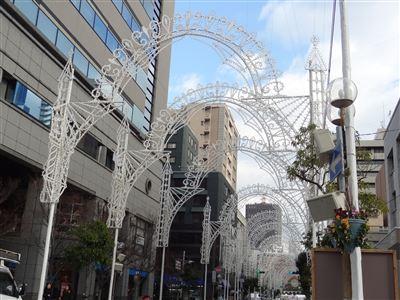 昼間の神戸ルミナリエ