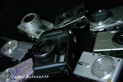 増殖するデジタルカメラ群