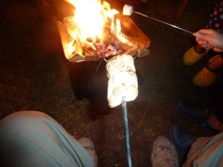 07外はこんがり中はとろとろの焼きマシュマロの出来上がり