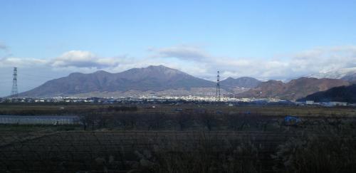 小布施から見た高社山(25.12.8)