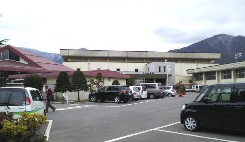 千曲市戸倉体育館(25.12.17)