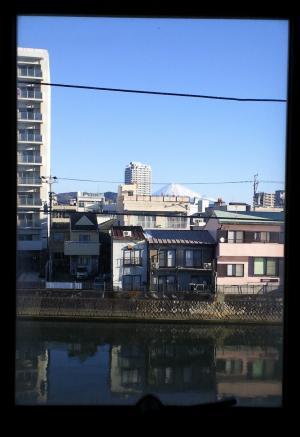 窓から富士山(25.12.28)