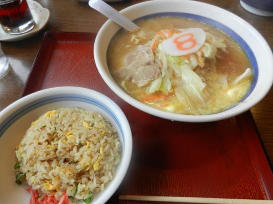 BEン魚津+味噌バター 半チャーハン+(2)