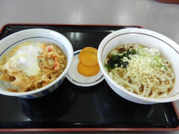 山田うどん 岩槻+(4)