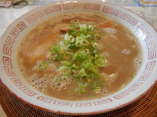 晴レル屋白の麺 (1)