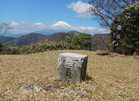 201304_ashitakayama_17.jpg