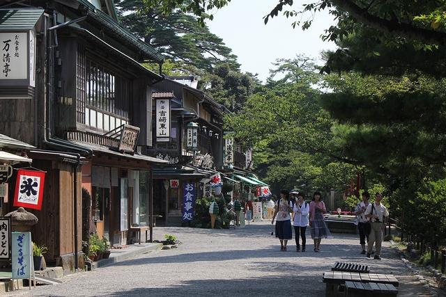 兼六園の茶店ストリート
