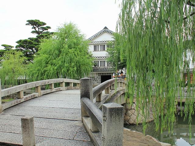 倉敷市美観地区 中橋と倉敷考古館