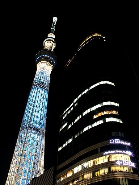 京成橋から見た夜のスカイツリー