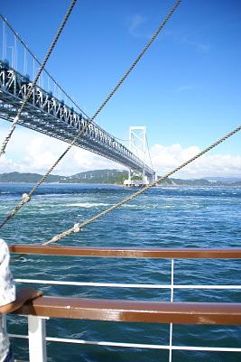 0821-7鳴門観潮船