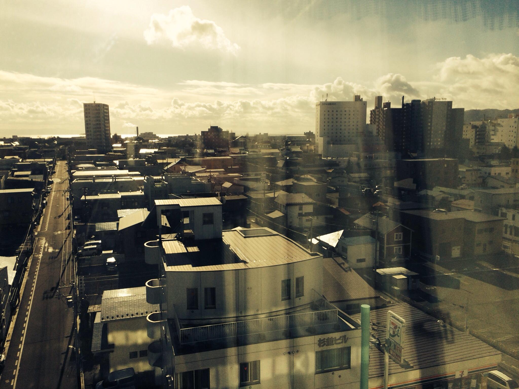 7階の窓から