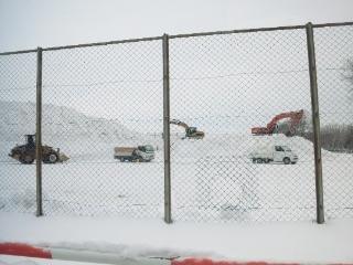 三角グラウンド 雪捨て場