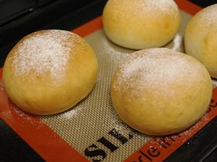 タマゴサラダの手ごねパン1時間07