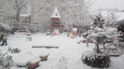 ★雪の園庭