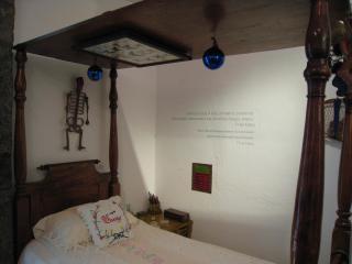 フリーダの夜用ベッド