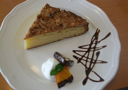 『cafe Sapmi』 トスカケーキ