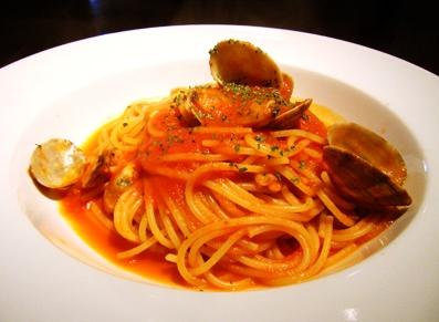 『エノテカ キャンティーナ』のあさりのトマトソース