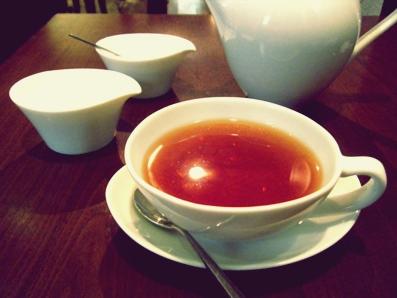 『chai break(チャイブレイク)』のラクサパーナ茶園の紅茶