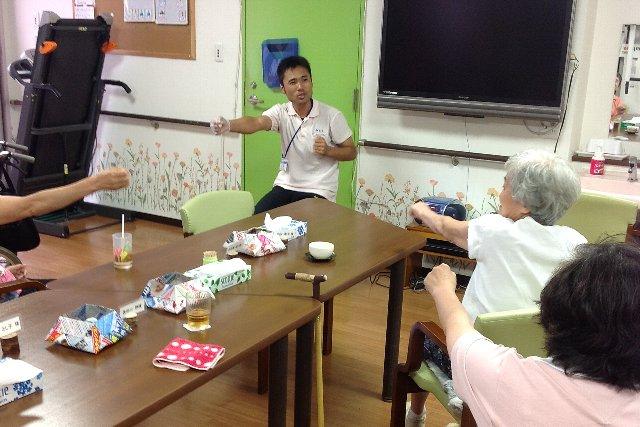 リズム体操_20120827上畑s