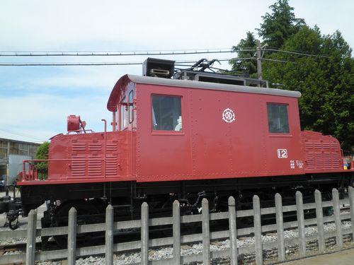 西武鉄道E12号電気機関車(2012年5月13日・保谷)2
