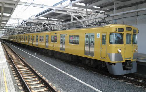西武新宿線2407Fを池袋線へ貸与(2012年4月4日・石神井公園)2