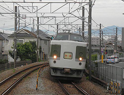 「鎌倉あじさい号」(南武線矢川・2012年6月17日)1