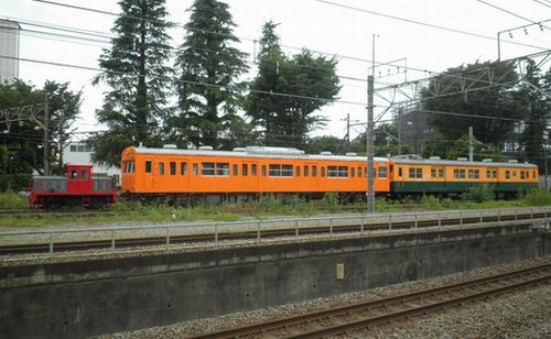 東芝府中工場・DL+クモハ103+クモニ83(2012年6月17日)