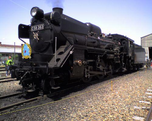 秩父鉄道C58 363(「門デフ」装備、2010年5月15日・広瀬河原車両工場)