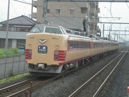 仙セン485系A1・A2編成国鉄色「やまばと」(2012年7月7日・新白岡)2