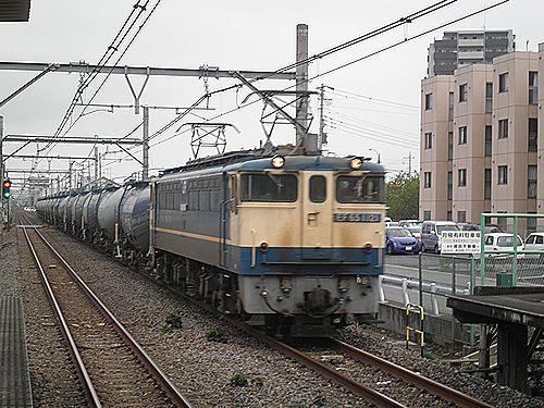 EF65 1121(新)牽引石油貨物列車(2012年7月7日・北上尾)