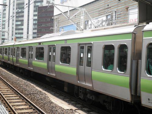 サハE231形4600番代(2011年8月26日・有楽町)