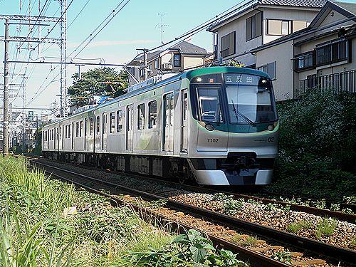 東急(新)7000形7102F(2012年7月10日・久が原~千鳥町間)