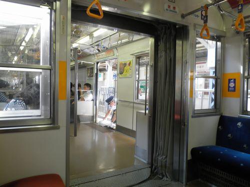 東急7700形貫通路(2012年7月10日)