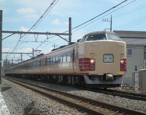 東チタ183系H81編成8連(2012年8月3日・上尾~北上尾間)