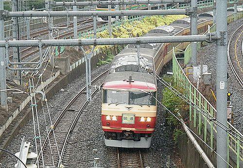 宮オオ185系OM08編成・回送列車(2012年8月6日・鶯谷)